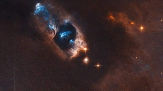 Телескоп Hubble запечатлел момент рождения новой звезды