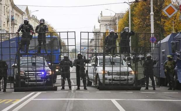 Точка невозврата: В Белоруссии оппозиция начала жечь милицию из «черных списков»