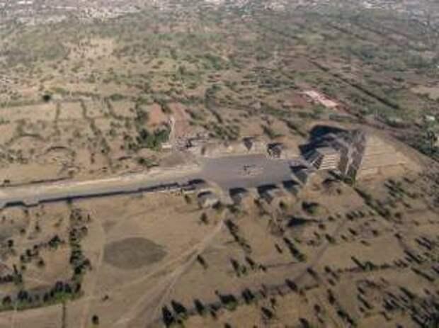 В Мексике открыли тоннель с захоронениями древней цивилизации