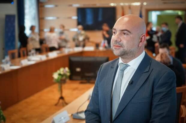 Баженов оценил поручения президента РФ по борьбе с киберпреступность. Фото: Максим Манюров