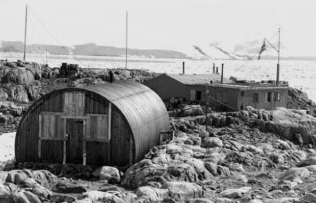 Десять громких и таинственных путешествий в Антарктиду