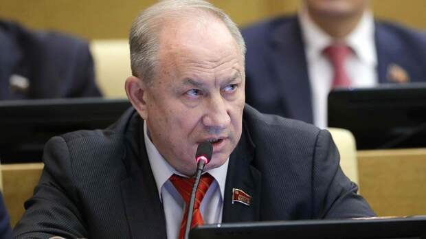 КПРФ в Думе стращает «не майданом, а настоящим разрушением государства»
