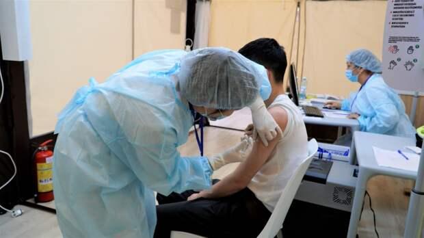 «Зеленый» статус будет присваиваться вакцинированным казахстанцам в проекте Ashyq