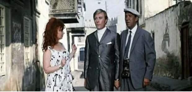 Кадр из к/ф «Бриллиантовая рука», 1969 год