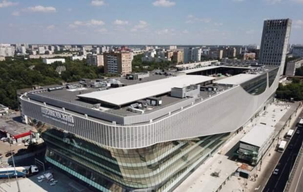 Фото строящегося автовокзала на крыше торгового центра в Москве