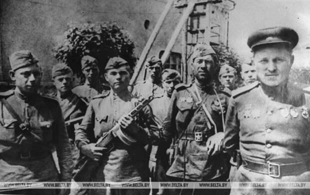 Великой Победе посвящается. Герои ВОВ в архивных фотографиях БЕЛТА.