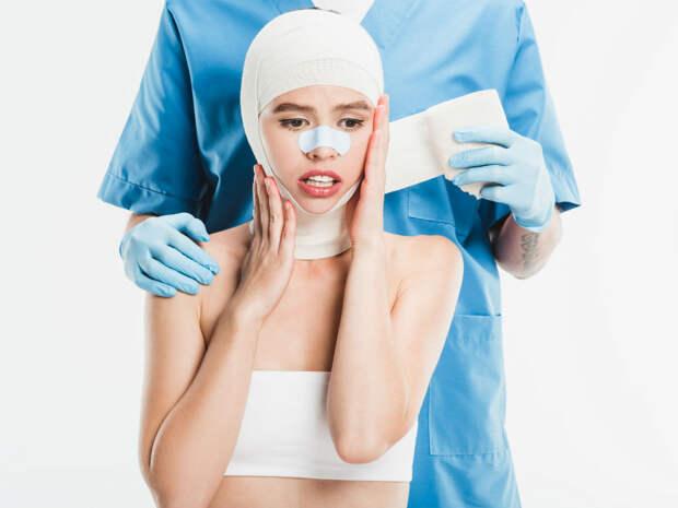 Большая грудь — уже некрасиво: хирург рассказал о новых трендах пластической хирургии