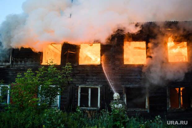 ВНефтеюганске десятки семей остались без жилья из-за пожара