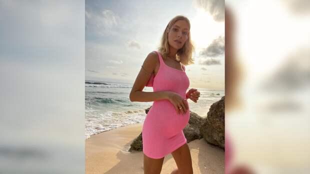 Перминова родила российскому миллиардеру четвертого ребенка