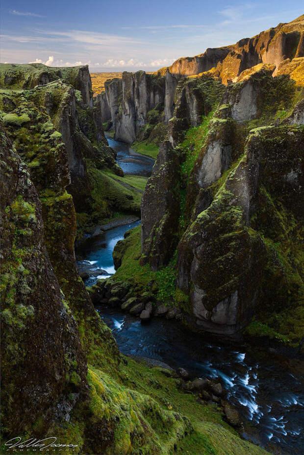 Один из самых красивых каньонов в Исландии