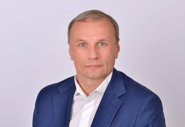 Депутат Дмитрий Сватковский отказался переизбираться Госдуму
