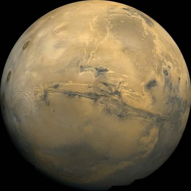 Вода на Марсе может быть захвачена земной корой, а не потеряна в космосе