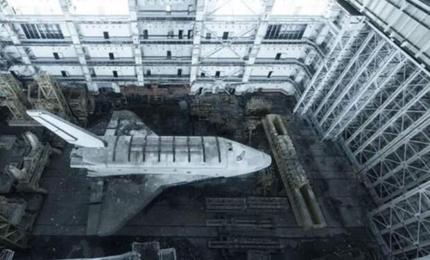 База космических кораблей: заброшенная часть скрывала секреты прошлого