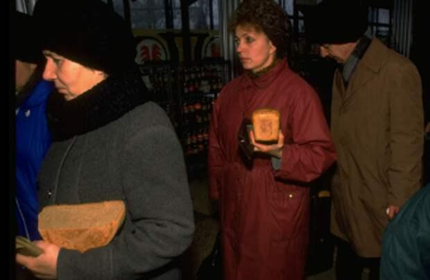 Невзоров убежден, что Россия на пороге «новых 90-х»