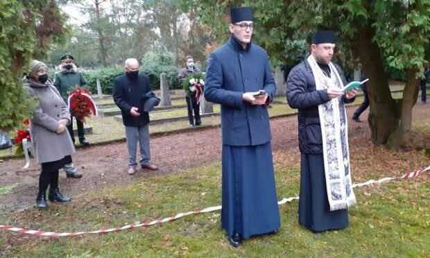 Навостоке Польши перезахоронили красноармейцев, умерших в1940—1941 годах