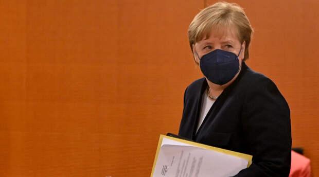 Ангела Меркель безапелляционно высказалась о нацистах