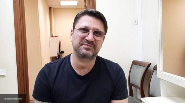45-летний Виктор Логинов женился на молодой избраннице