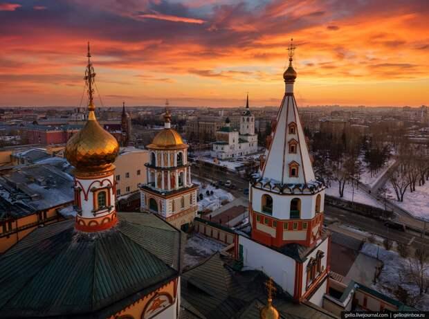 Культурная столица Восточной Сибири на красочных панорамных фото