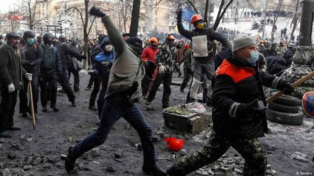 Юлия Витязева: Украина неумолимо продолжит деградировать — до нижней ступеньки эволюции