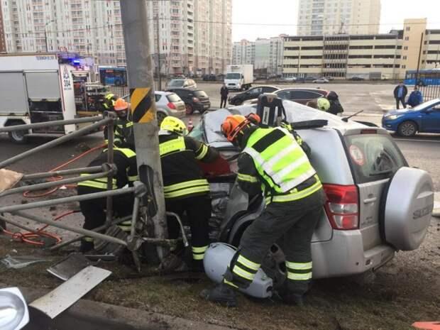 Московские спасатели с начала года спасли 327 человек