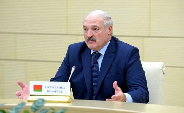 Лукашенко заявил о необходимости ответных мер на размещение ракет США в Европе