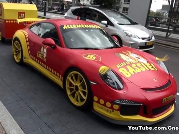 Спорткар Porsche 911 GT3 превратили в клоунский автомобиль (ВИДЕО)