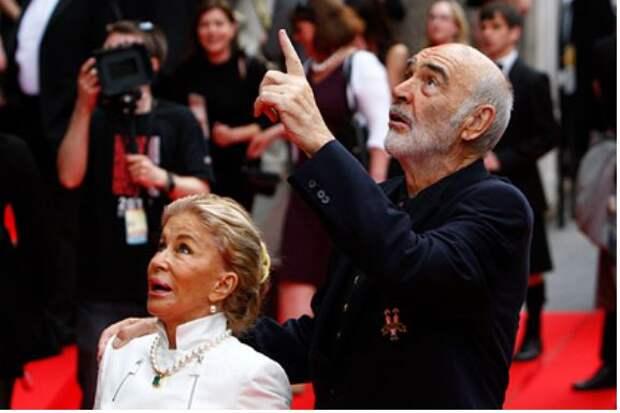 Вдова Шона Коннери рассказала о деменции и тяжелых последних днях актера