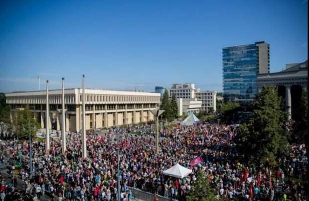 Народ Литвы восстал против фашистской диктатуры литовского правительства