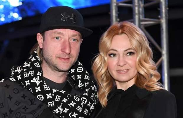 Рудковская уехала в отпуск без полугодовалого сына