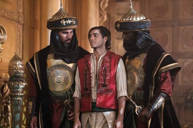 Мена Массуд пожаловался на то, что после «Аладдина» ему не предлагают ролей в кино