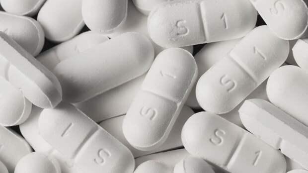 Забудьте про аспирин! Врач назвала единственное допустимое для больных COVID жаропонижающее
