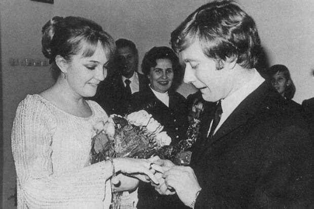 Екатерина Градова: роли, брак с Мироновым и жизнь после его ухода