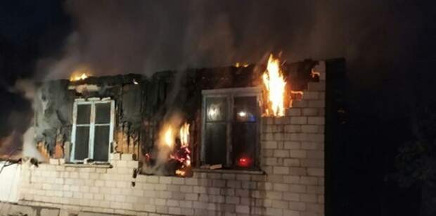 Тушили пожар 15 часов: в одном из общежитий Крыма погиб человек