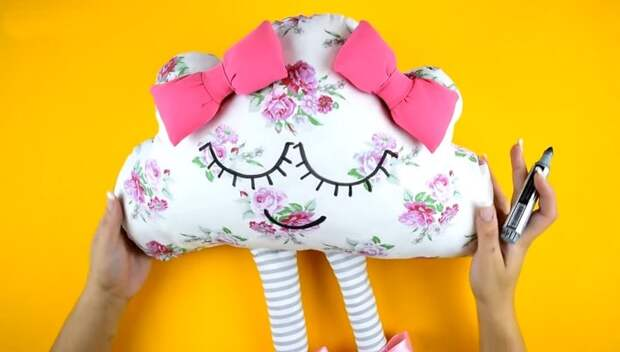 Невероятно милые подушки, которые сошьёт любой!