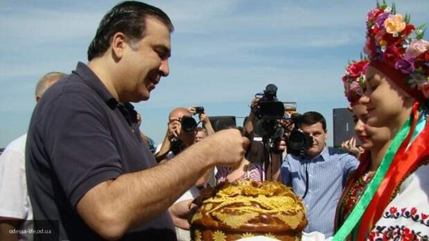 Саакашвили заявил, что на Украине может начаться голод из-за экономического кризиса