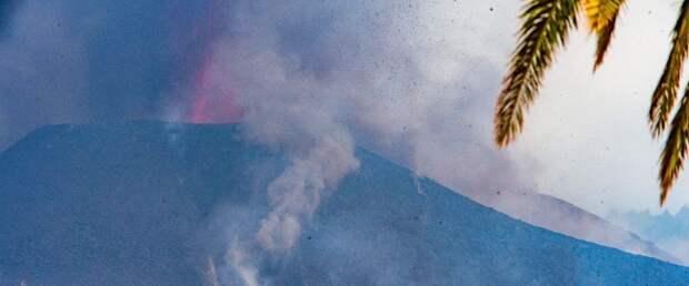 На Канарских островах из-за извержения вулкана эвакуировали еще три города