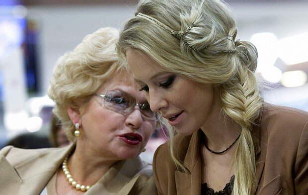 Мать Ксении Собчак встала на защиту Youtube
