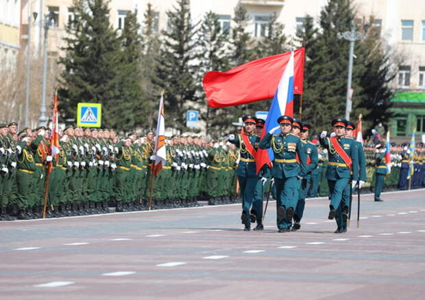 В Улан-Удэ состоялась тренировка военного парада, посвященного 76-й годовщине Победы в Великой Отечественной войне