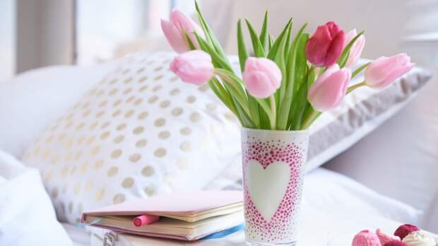 Как расписать вазы и горшки (подборка)
