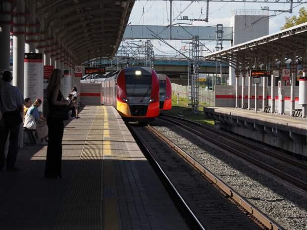 Расписание поездов, курсирующих от «Трикотажной», изменится в начале августа