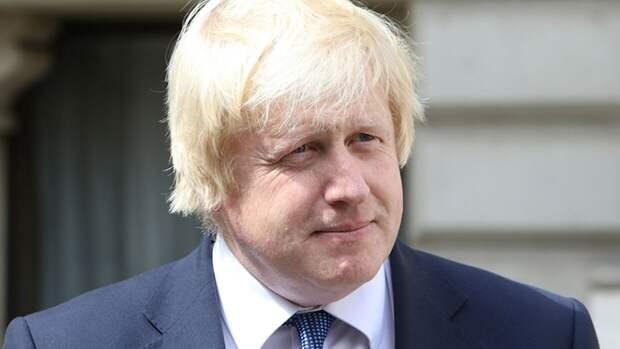 Канцелярия британского премьера Джонсона подтвердила его женитьбу с Саймондс