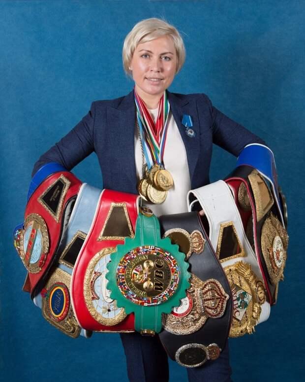 Русская кувалда Наталья Рагозина во всей своей красе.