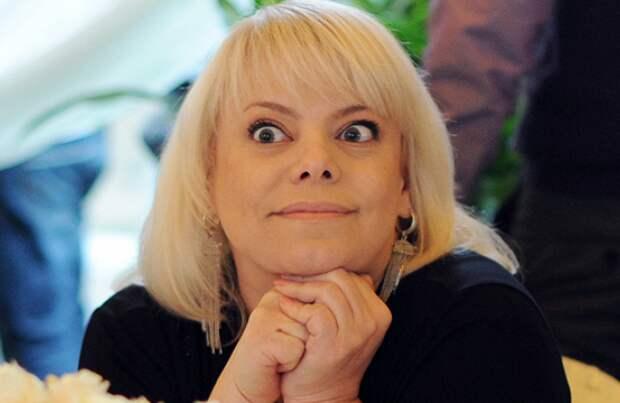 Взбешенная Яна Поплавская сорвала эфир скандального шоу