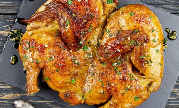 Маринуем и жарим цыпленка под гнетом: грузинский тапака