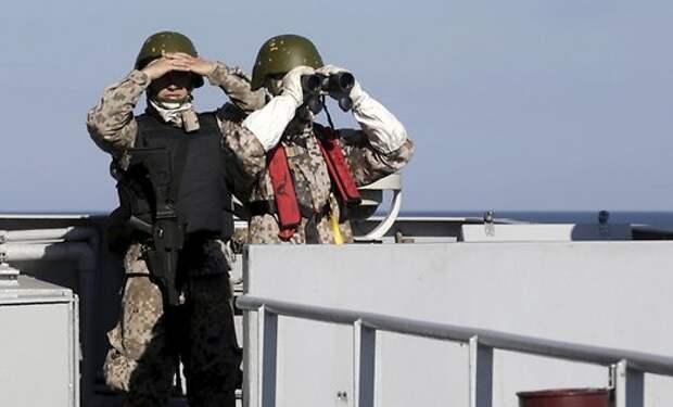 В армии Латвии объявлена повышенная готовность: к границе страны стянуты войска России