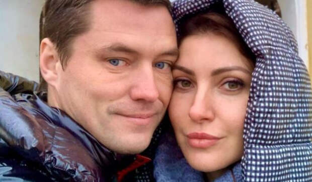 Бросивший семью возлюбленный Макеевой не платит алименты бывшей жене