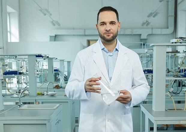 Ученый Мажуга призвал наладить в России производство стратегически важных препаратов