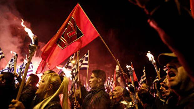 Сторонники греческой правой организации Золотая Заря на митинге в Афинах