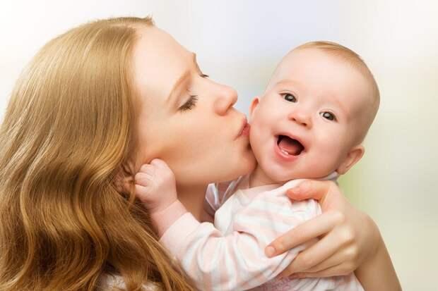 Трогательный стих ко Дню матери