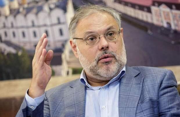 Михаил Хазин: «Путин должен разобраться с боярами: одних – на кол, других – в опалу»